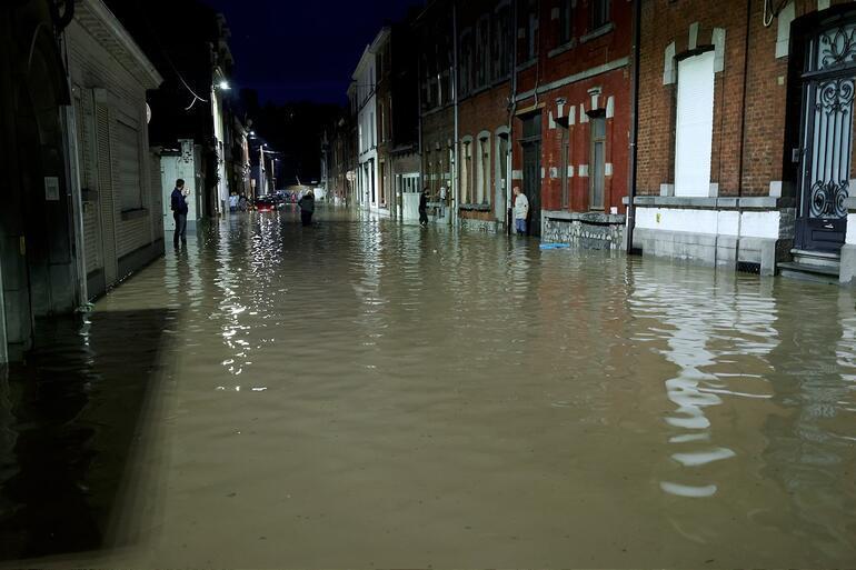 Belçikada aşırı yağışlar yeniden sele neden oldu